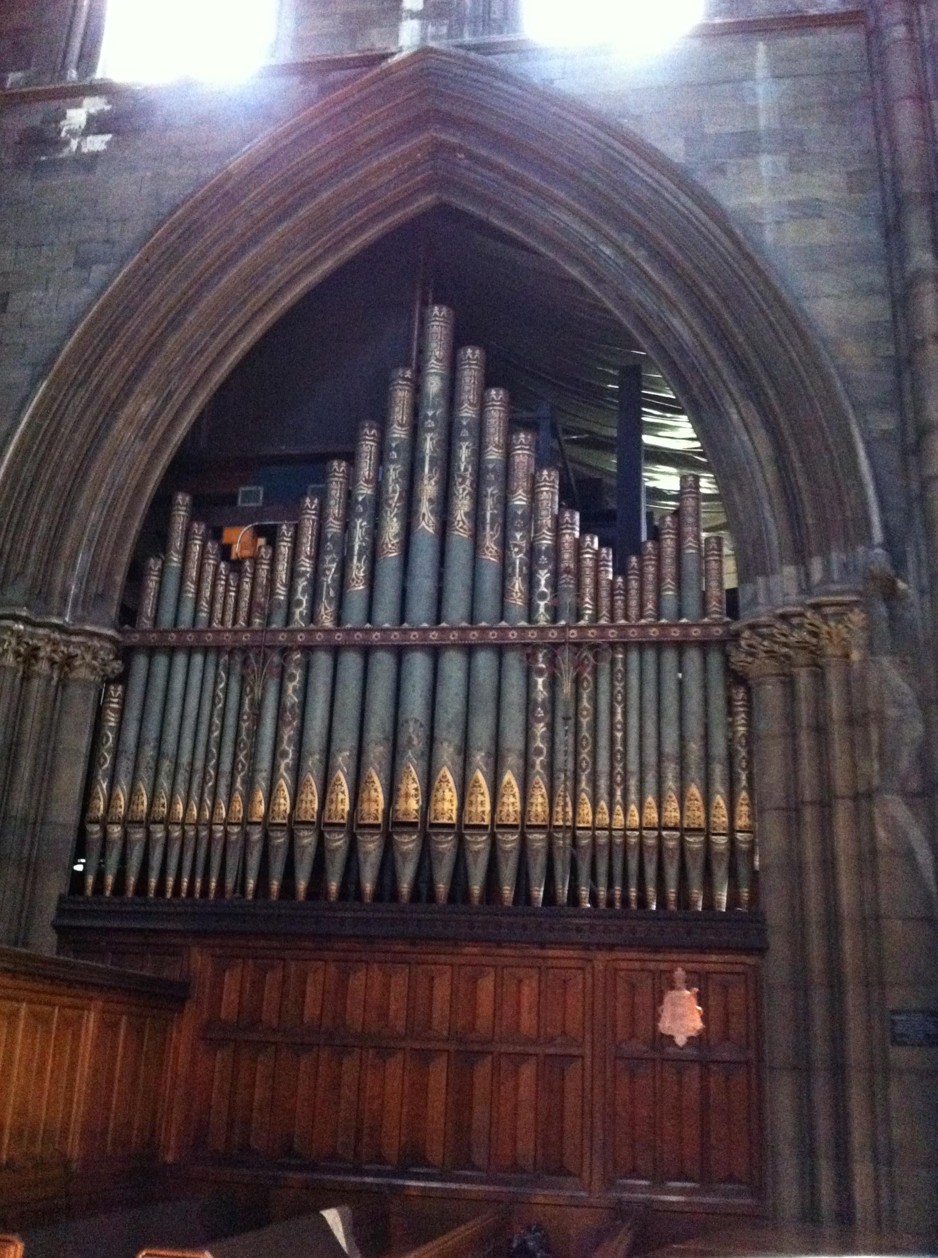 Organ pipes and screen