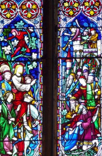 Bottom Left Light: Jesus Entering Jerusalem